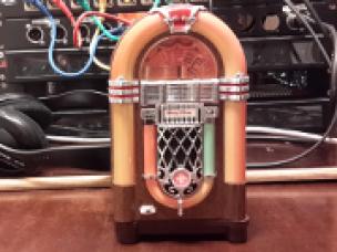 Radio im besten Alter - Jukebox Orange